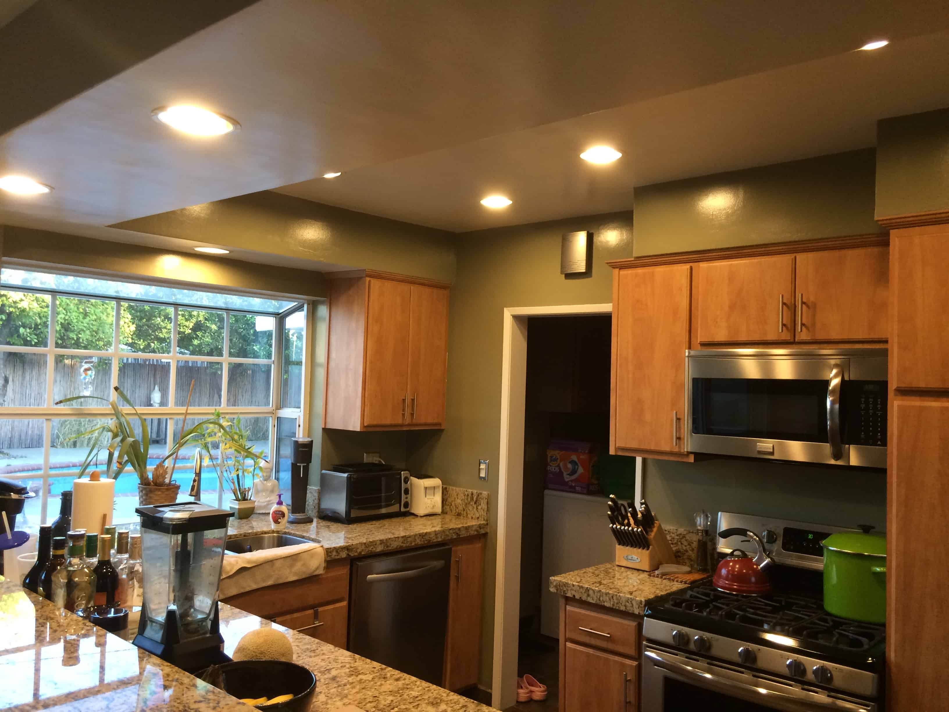Great Ways For Lighting A Kitchen: Best Ways To Lower Your Electric Bill: Use LED Light Bulbs