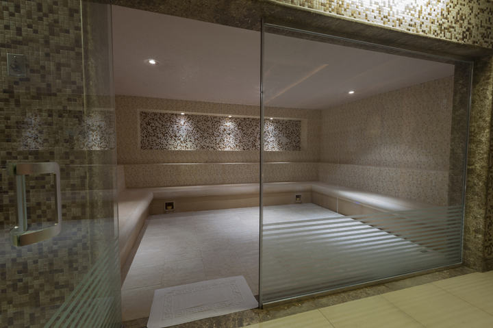 steam room in spa