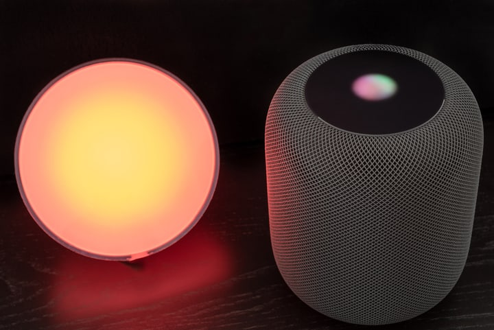 Smart lights controlled by homepod