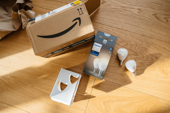 Smart bulb delivery from Amazon